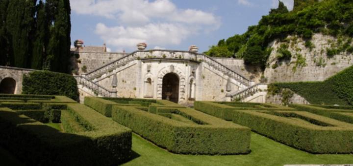 Villa La Foce Garden - VIVI la VALDORCIA